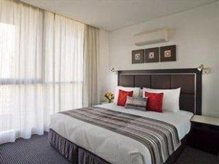 Meriton Serviced Apartments Campbell Street   Sydney Hotel