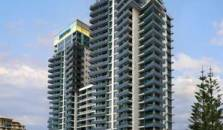 Meriton Serviced Apartments Gold Coast - hotel Gold Coast