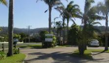 Fronds Holiday Apartments - hotel Merimbula