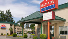 RAMADA LIMITED QUESNEL - hotel Quesnel