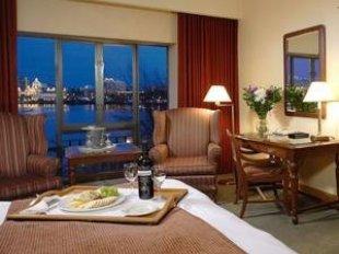 Delta Victoria Ocean Pointe Resort Spa