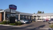 HOWARD JOHNSON EXPRESS INN LETHBRIDGE - hotel Lethbridge