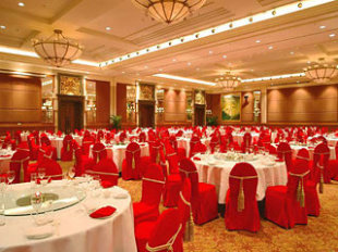 Loong Palace Hotel Resort Hotel In Changping Beijing Cheap Hotel