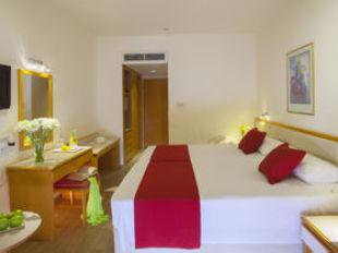 Queens Bay Hotel Di PaphosTarif Murah