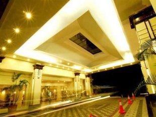 Gran Puri Manado - Manado hotel