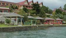 Inna Parapat - hotel Medan