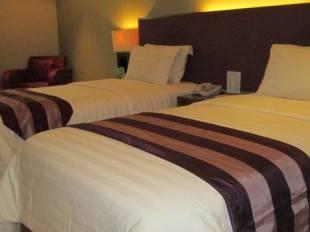 Anggrek Golden Hotel - Bandung hotel