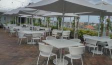 Jambuluwuk Oceano Seminyak - hotel Bali