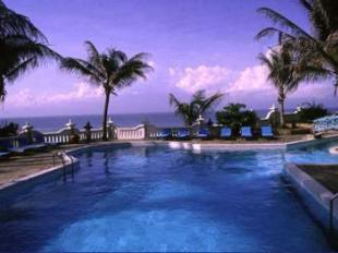 Queen of the South Beach Resort Hotel di Borobudur ...