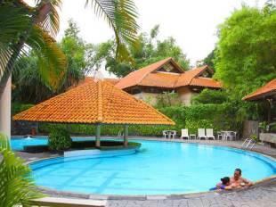 Equator Hotel Di Tegalsari Surabaya Jawa TimurTarif Murah