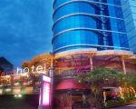 Fave Hotel Surabaya - hotel Tegalsari