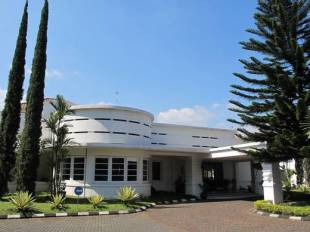 Casa D Ladera Hotel Di Setiabudi Bandung Jawa BaratTarif