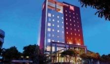Ibis Surabaya Basuki Rahmat - hotel Surabaya