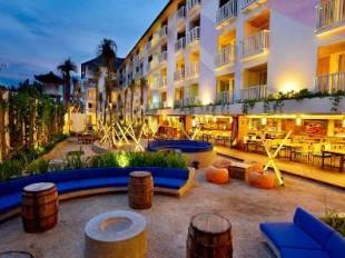 Bliss surfer hotel legian hotel in legian bali cheap for Cheap hotels in bali