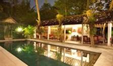 D Omah Hotel - hotel Yogyakarta