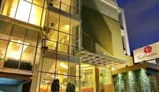 RafflesHom Hotel - hotel Asia Africa