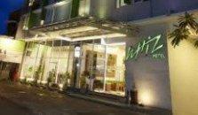 Whiz Hotel Yogyakarta - hotel Malioboro