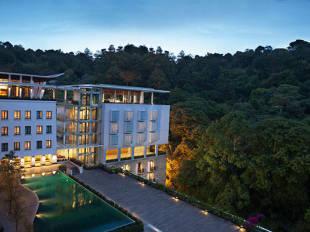 Padma bandung hotel in ciumbuleuit bandung west java cheap hotel padma bandung bandung hotel junglespirit Images
