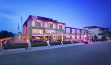 Fame Hotel Batam - hotel Batam