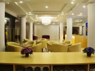 Maven Fatmawati Hotel Di Cilandak Selatan JakartaTarif