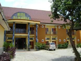 bj perdana and resort hotel in pasuruan east java cheap hotel price rh nusatrip com daftar hotel di pasuruan kota penginapan murah di pasuruan kota