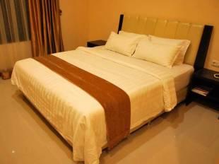 Raz Hotel & Convention Medan - hotel di Medan