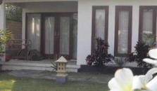 Rumah Kalua Villa - hotel Lombok