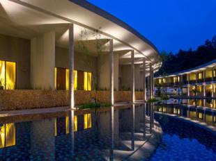 Hotel Neo+ Green Savana Sentul City - room photo 15164714