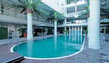 ZEN Rooms Basic Sunset Road Boutique Hotel - hotel Kuta