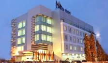 Daima Hotel Padang - hotel Padang