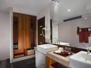 Aston Sunset Beach Resort - Lombok hotel