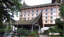 Kyriad Bumiminang Hotel - hotel Padang
