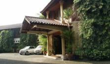 Le Aries Garden - hotel Pasteur