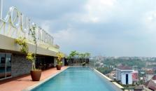 Louis Kienne Hotel Simpang Lima - hotel Semarang