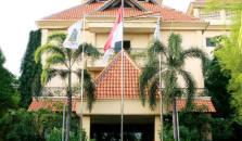 Narita Hotel - hotel Surabaya
