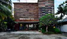 Segara Anak Hotel and Restaurant - hotel Kuta  | Putri Nyale
