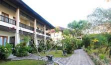 Puri Sari Beach Hotel - hotel Flores