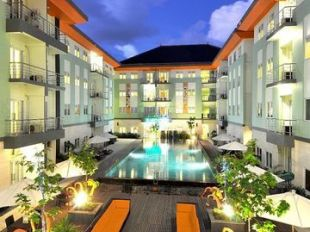 Harris hotel residences riverview kuta hotel di kuta for Terrace 8 residence kuta