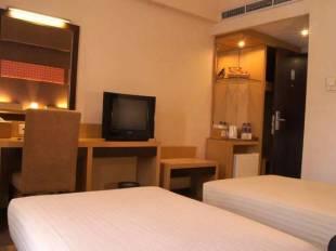 simpang lima residence hotel in simpang lima semarang central java rh nusatrip com ibis simpang lima hotel semarang simpang lima residence kota semarang jawa tengah 50134