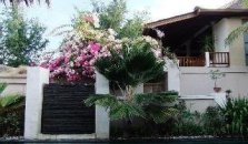 The Beach House Resort - hotel Lombok
