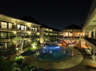 The camakila legian bali hotel in legian bali cheap for Cheap hotels in bali