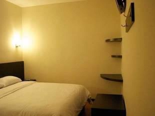Alpha Inn Medan - Medan hotel