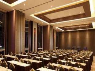 Santika Taman Mini Indonesia Indah - hotel di Jakarta