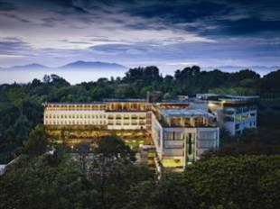 Padma Hotel Bandung - Bandung hotel