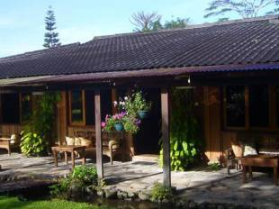 Gardenia Country Inn - Manado hotel