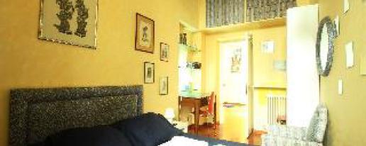 Mimi One Bedroom Hotel In Rome Lazio Cheap Hotel Price