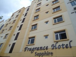Fragrance Hotel - Sapphire Hotel in Geylang, Cheap Hotel price