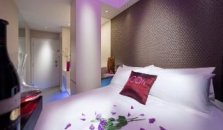 Moon @ 23 Dickson - hotel Singapore