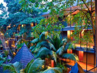Siloso beach resort hotel in sentosa cheap hotel price - Siloso beach resort swimming pool ...
