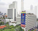 First Hotel Bangkok - hotel Bangkok